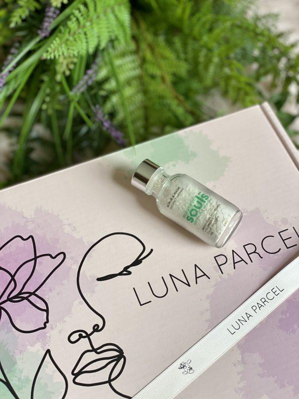 Luna Parcel Review